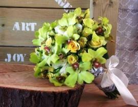 231-270x210 זר כלה - ורדים לבנים וסחלבים צהובים