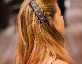 unnamed-9-270x210 מסרקיה לשיער רוקNרול בשילוב ניטים