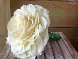 142-270x203 זר כלה - ורד לבן