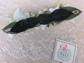unnamed-16-270x203 סיכה לשיער מתפרחות שונות של פרחים לבנים