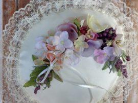 unnamed-37-270x203 כרית עגולה לטבעות נישואין - פרחי משי ופירות יער