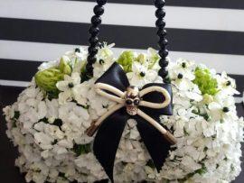 unnamed-11-270x203 זר כלה תיק פרחים בגווני שחור ולבן