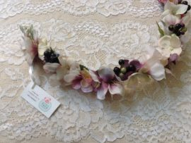 unnamed-1-270x203 סיכת פרחים בגוונים פסטליים