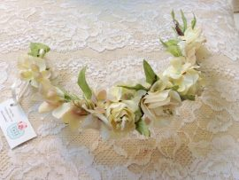 unnamed-4-270x203 סיכת פרחים לשיער בגווני לבן וורוד