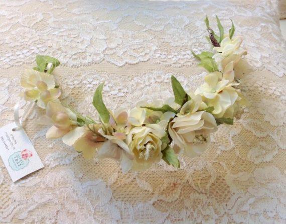 unnamed-4-570x446 סיכת פרחים לשיער בגווני לבן וורוד