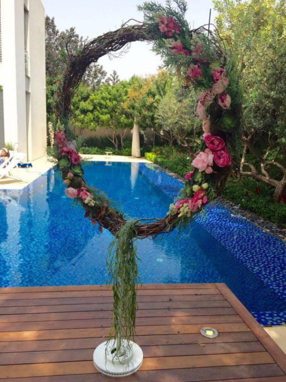 unnamed-2-1-570x760 טבעת פרחים בסגנון כפרי - להשכרה